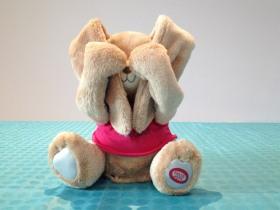Le lapin « Coucou c'est moi » de la marque Pioupiou Merveilles