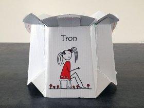 Le pot Tron est en carton.
