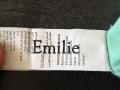 Le tampon peut aussi marquer sur les étiquettes des vêtements.