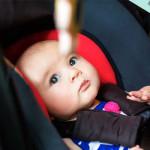 Voyager avec un bébé en voiture